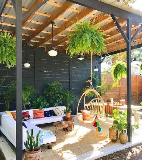 teras dengan atap kanopi minimalis